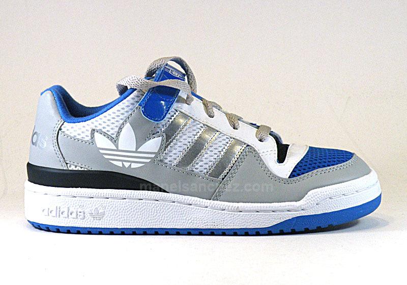 save off edc6c 99f76 Adidas Forum Low Niño (28-35)(gris blanco azul), ...