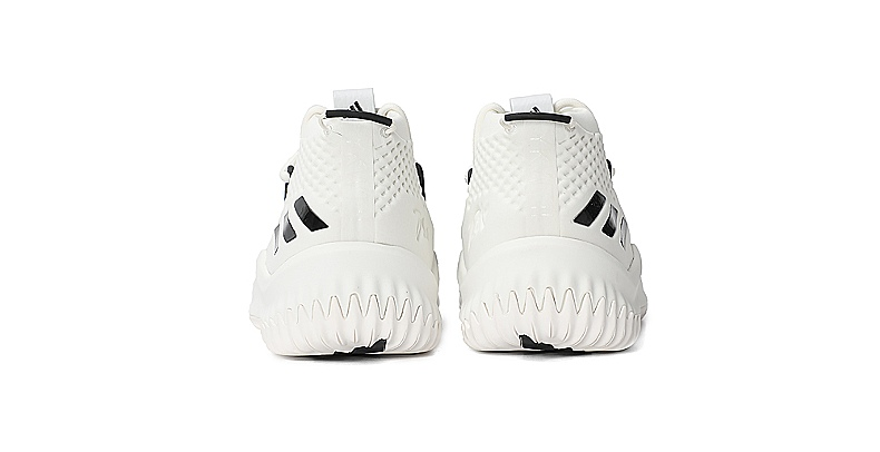 huge selection of d1a0e 61d05 ... Adidas Dame 4